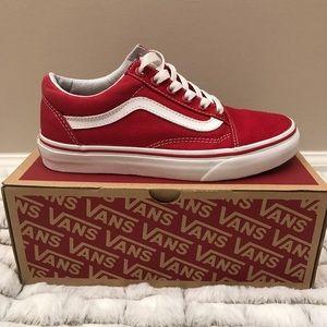 c4e98b53f6 Vans Shoes - Red Old Skool Vans Womens 6